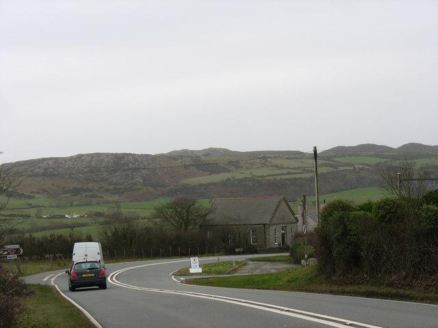 The Capel Sardis bend on the A5025 at Llaneuddog