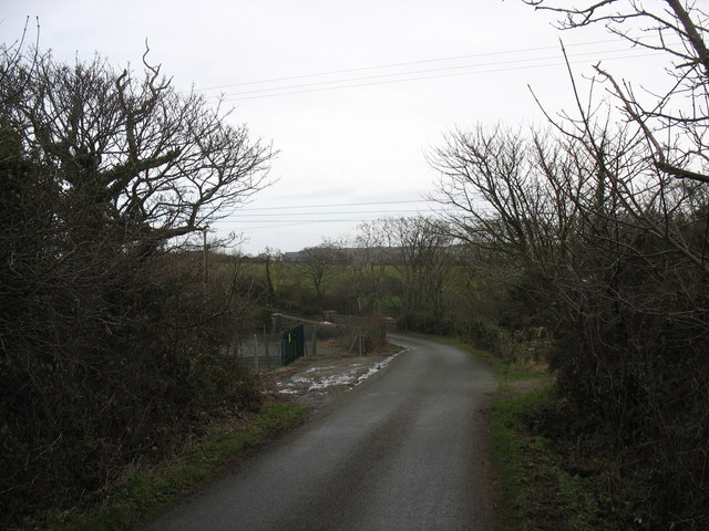 Approaching Pont y Deri from the west