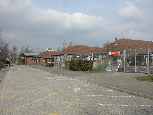 Muscliff, Epiphany Primary School