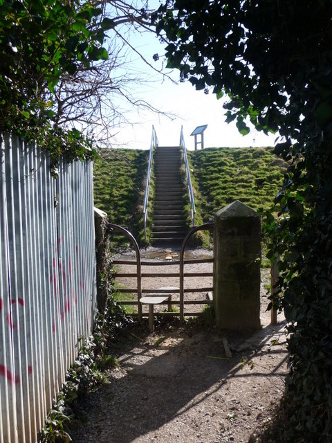 St. Brides Wentlooge: stile and steps to the shore