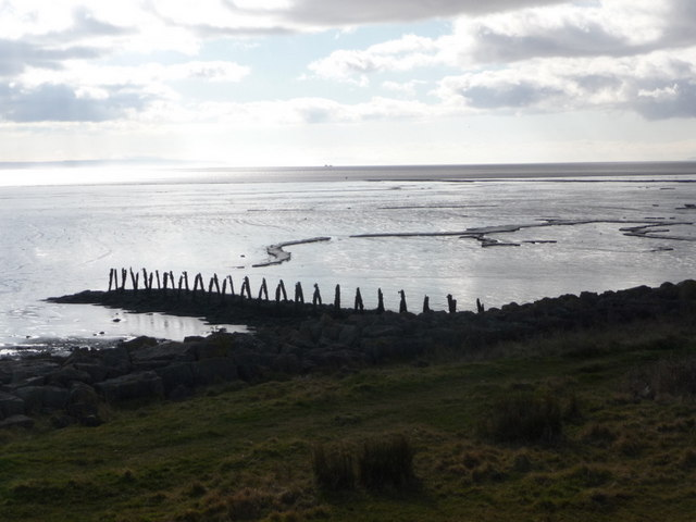 St. Brides Wentlooge: mudflats and derelict jetty