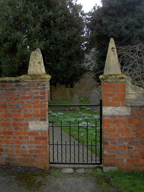 The rear gate to Kirk Bramwith Church