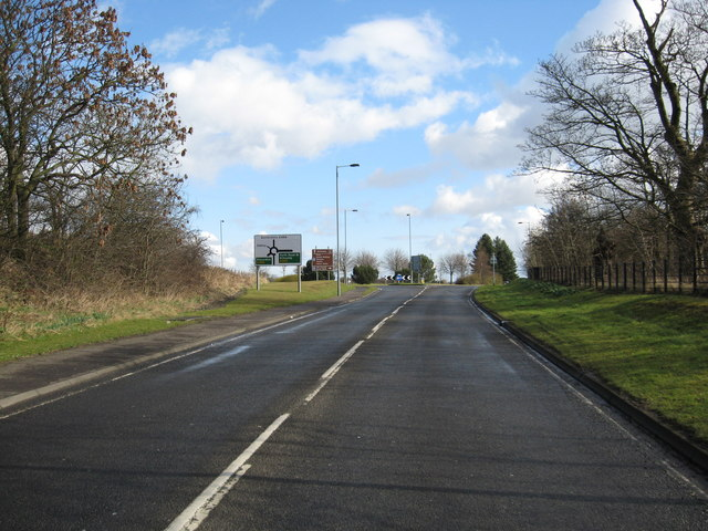 Looking back to the roundabout at the A985