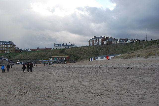 Longsands, towards the cafe