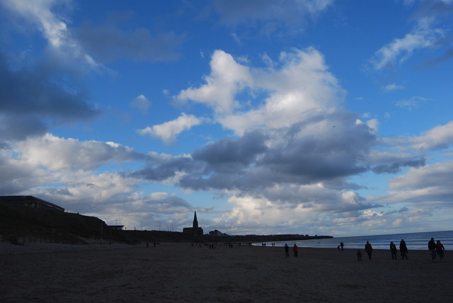 Clouds, above Longsands, towards Cullercoats