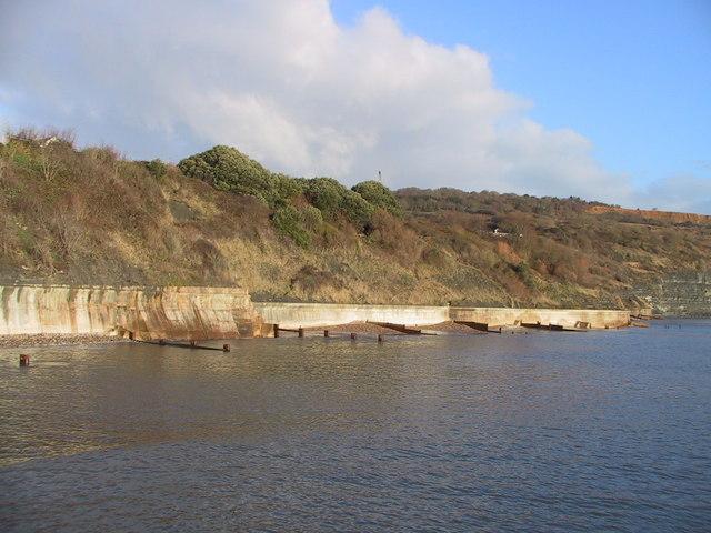 Sea Wall East of Lyme Regis