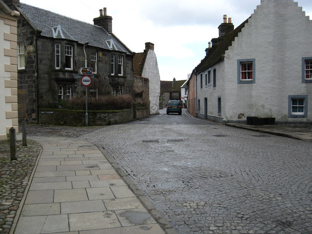 A typical street scene in Culross