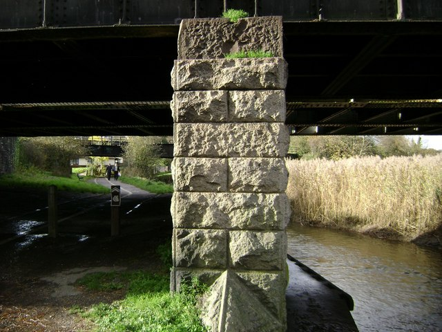 Railway bridge support, Newton Abbot