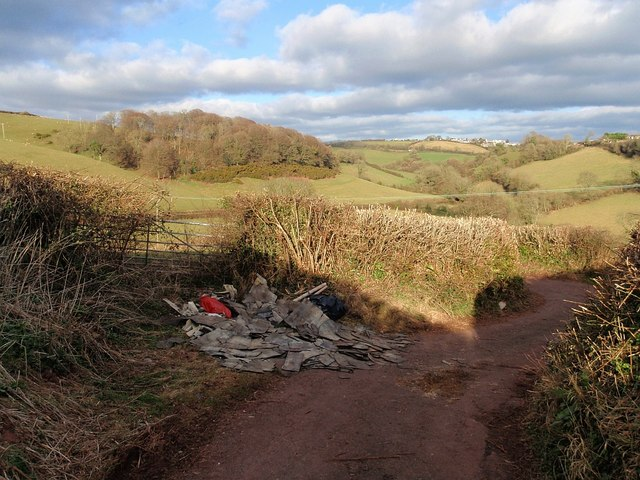 Fly-tipping, Middle Ramshill Lane