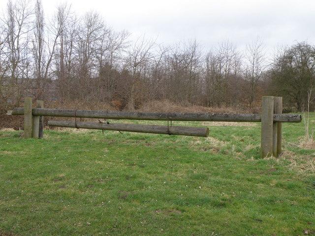 Long Pole Gate