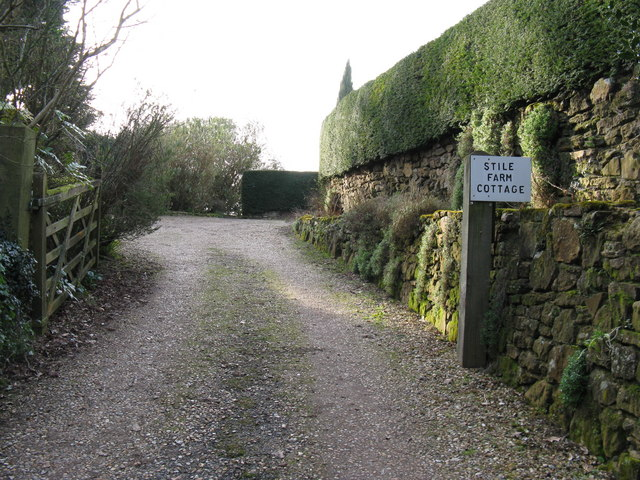 Footpath exit from Stile Farm Cottage