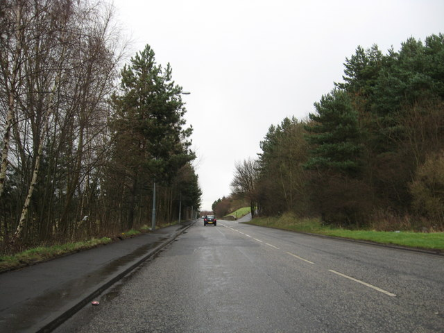 The long straight avenue to Bo'ness