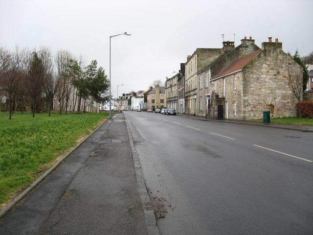 Heading towards Bo'ness town centre