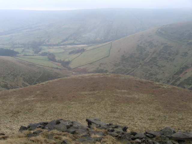Along Crowden Brook from near Grindslow Knoll