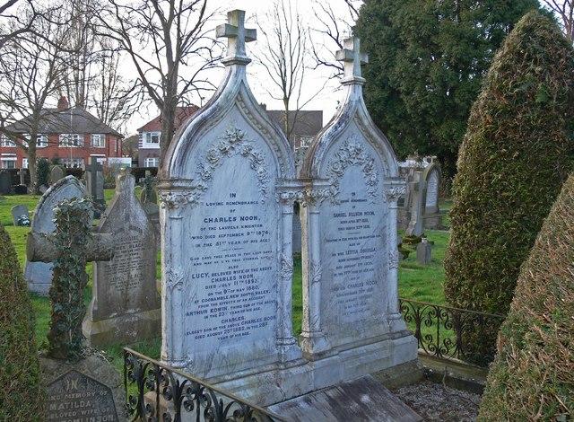 St. Mary Magdalene Churchyard, Knighton