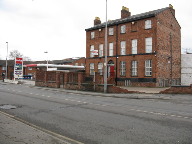 Lower Broughton - Old & New on Great Clowes Street