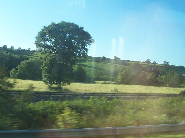 Mid Devon : Railway Line & Countryside