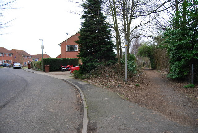 Footpath leading off Andrew Rd