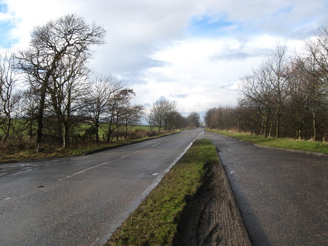 Looking back towards Muirhouses.