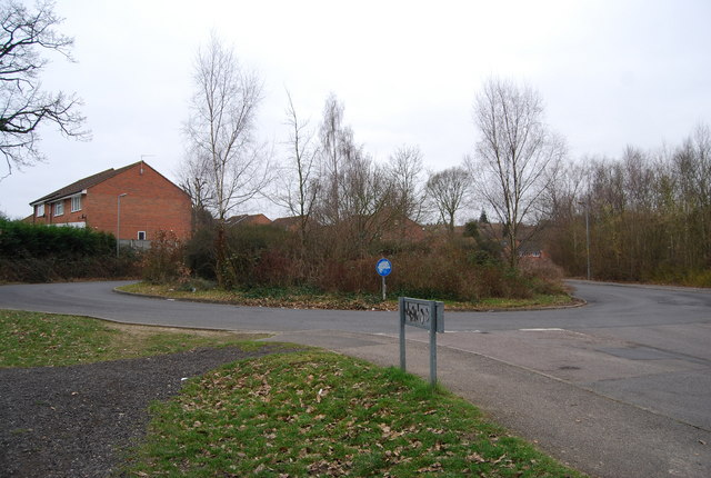 Roundabout, Barnett's Way