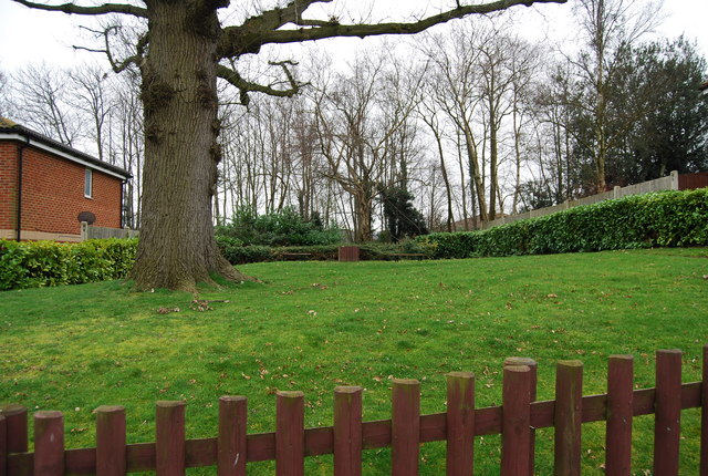 Open space off Hornbeam Avenue