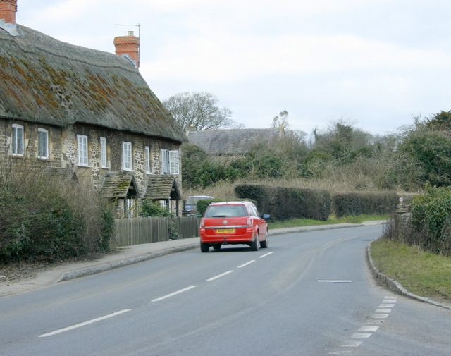 2009 : North on the A342 at Sandy Lane