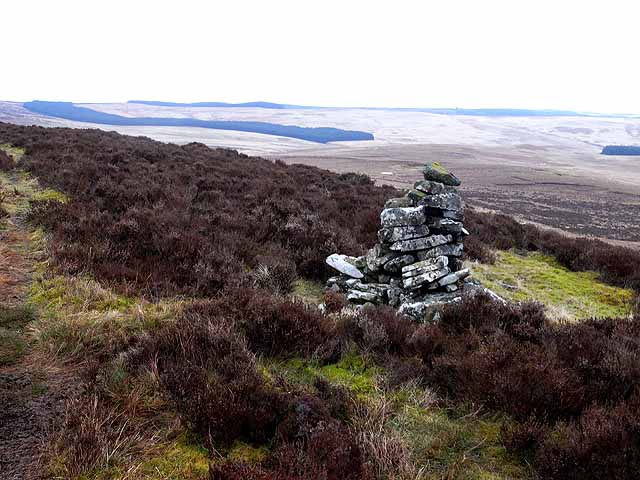 Cairn on Long Crag