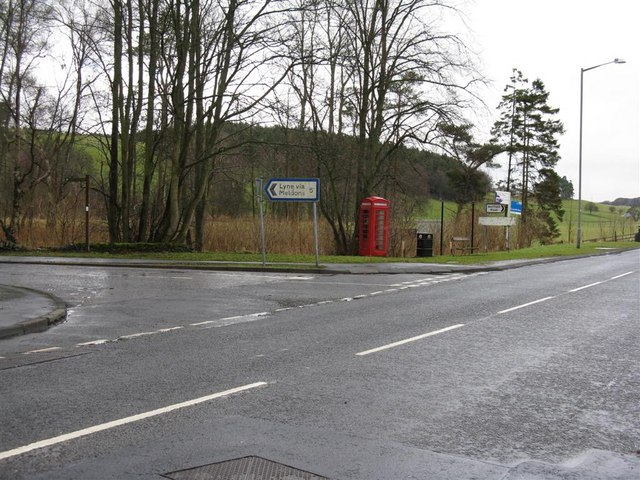 The road to Lyne via the Meldons