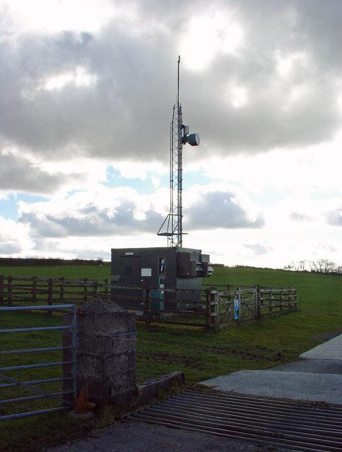 Mast near Plasnewydd, Aber-nant