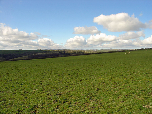 Fields and clouds: Castell Dwyran, Aber-nant