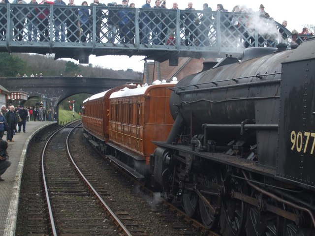 A cramped Weybourne station