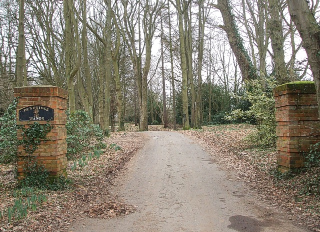 Entrance to Dundridge Manor (East Gate)