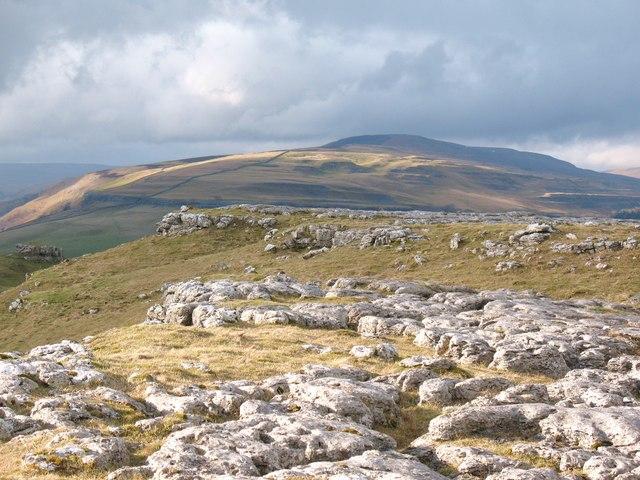 Surface limestone above Conistone