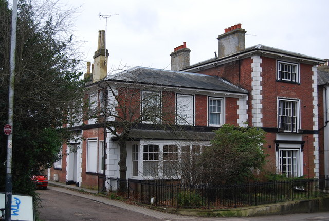St James's Lodge, Grove Hill Rd