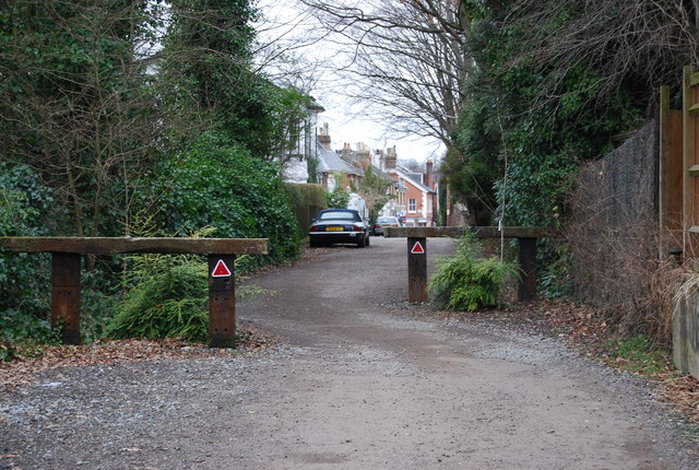 Traffic Calming Measures, Farmcombe Lane