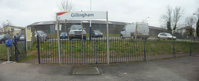 Gillingham : Gillingham Railway Station