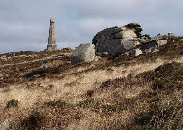 Tor and monument, Carn Brea