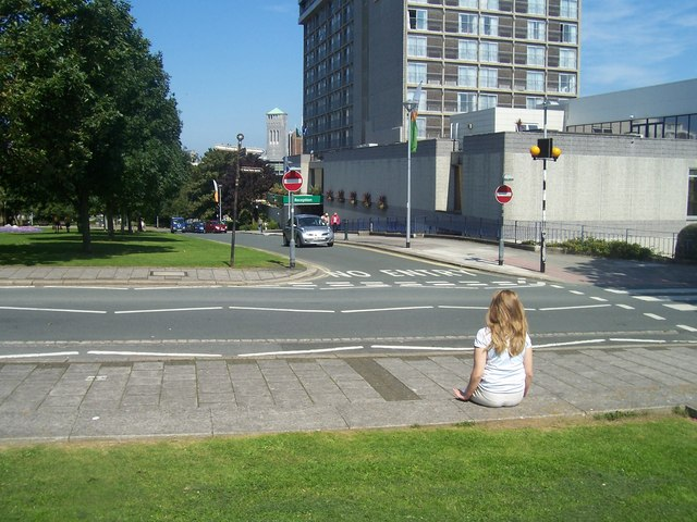Plymouth : Armada Way & Citadel Road