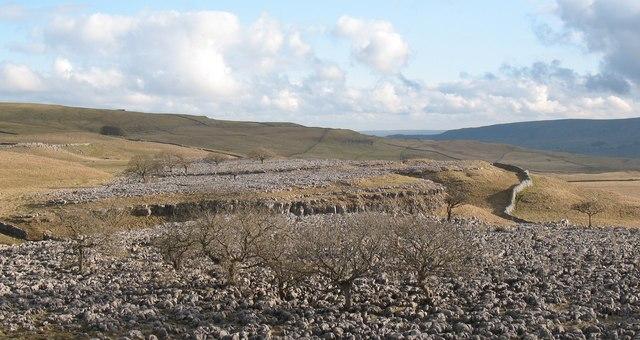 Limestone pavement above Conistone Dib