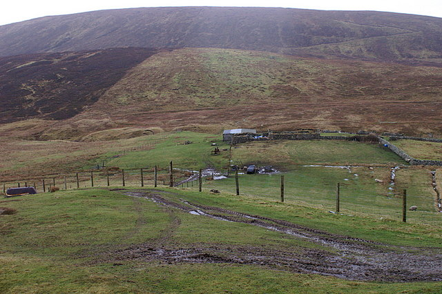 Ruin in the Quhamm valley, Collafirth