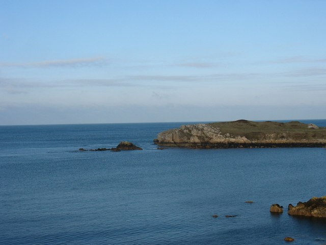 The Trwyn y Buarth reefs near Llanbadrig Point