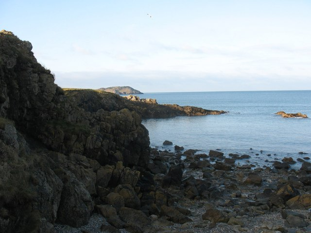 Small cove on the south side of Porth Padrig