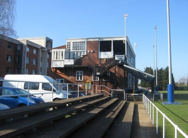 Pavilion Stand