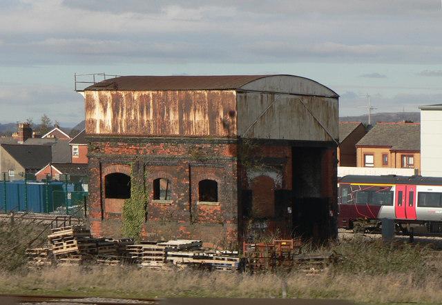 Derelict trackside building Cardiff.