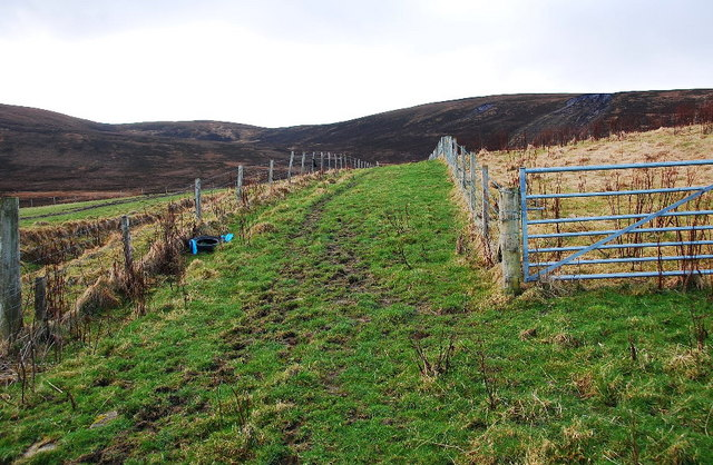 Fenced track