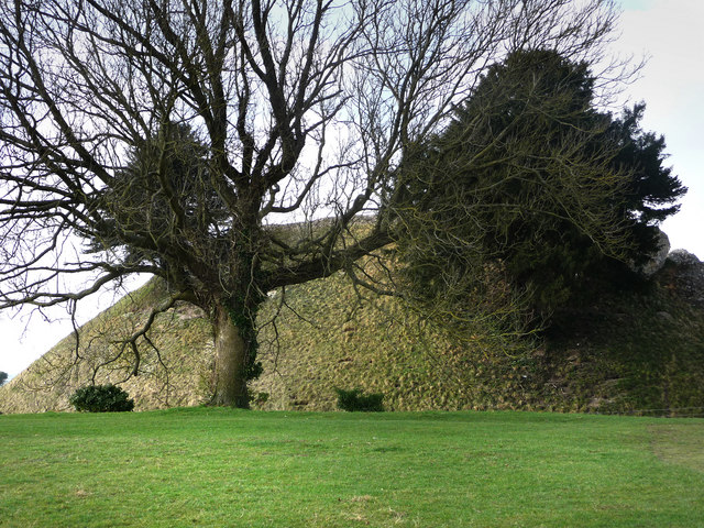 Old Sarum central mound