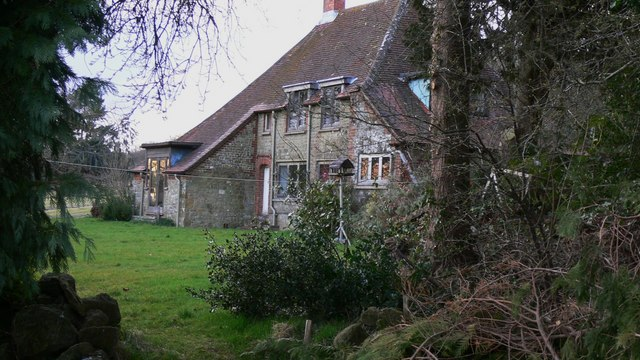 House near Holm Wood