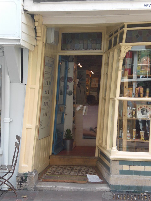 Leaning shop Rochester