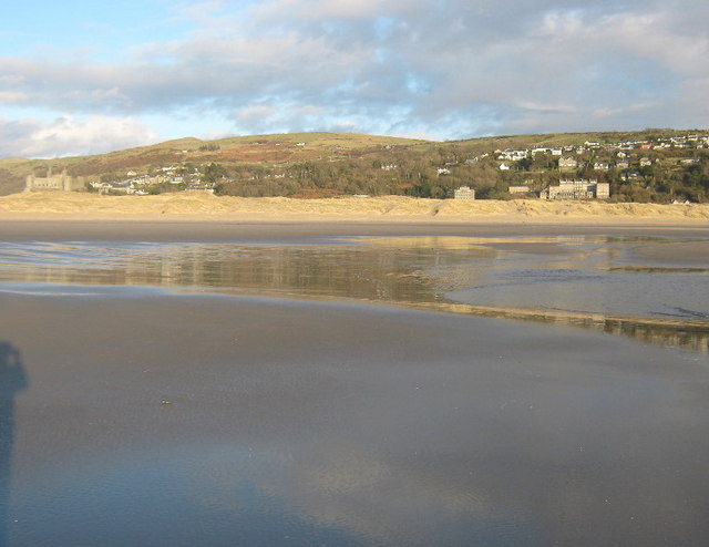 Low tide at Harlech