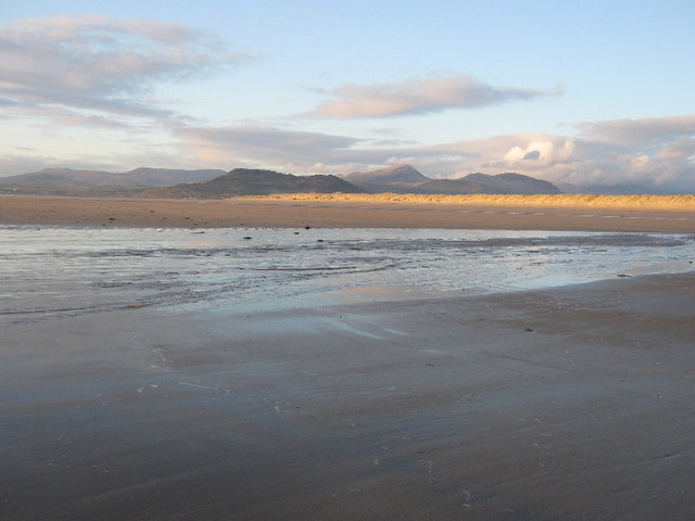 Looking north at low tide